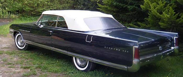 1965 Chevrolet Impala /& SS convertible A-pillar post weatherstrip seals pair